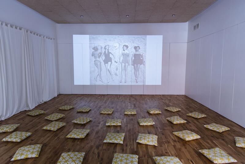 Sala de proyección espacio invisible